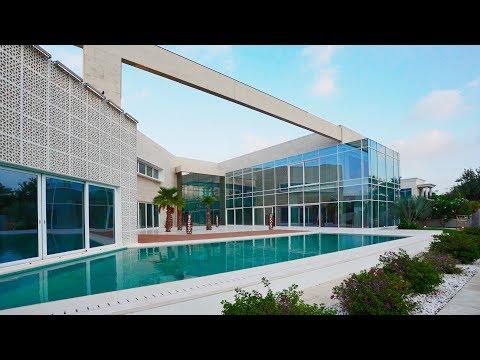 Luxury villa in Emirates Hills
