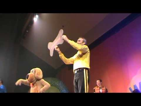 The Wiggles Live (Farewell to Greg, Murray and Jeff) Live at The Town Hall Theater NYC part 1
