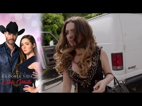 ¡Laura decide entregarse a las autoridades! | La doble vida de Estela Carrillo - Televisa