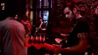 Bluebeat Company - Morning Sun (Live @ Rover Bar)