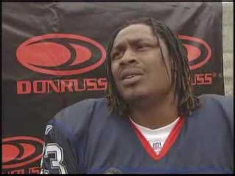 Donruss Interviews Marshawn Lynch, Buffalo Bills