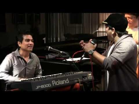 Tompi & Indra Lesmana - Payung Fantasi @ Mostly jazz 28/04/12 [HD]