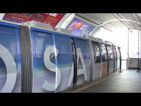 Sydney Monorail Ride - Darling Park to Harbourside, Sydney CBD, Australia