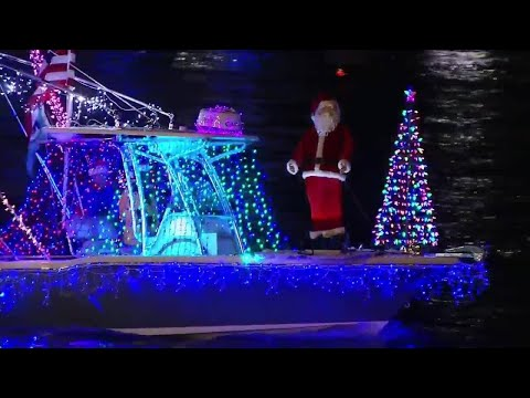 Jacksonville's 32nd annual light boat parade