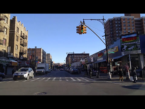 Driving By Inwood In Manhattan,New York