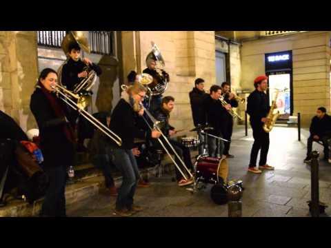 Groupe de musique - rue de Caumartin, Paris (23/01/2016)