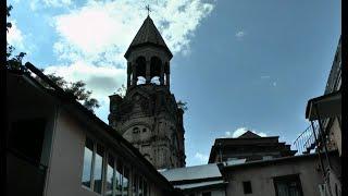 Թբիլիսիի միակ հայկական դպրոցը վանքի հիմքի վրա է կառուցվել