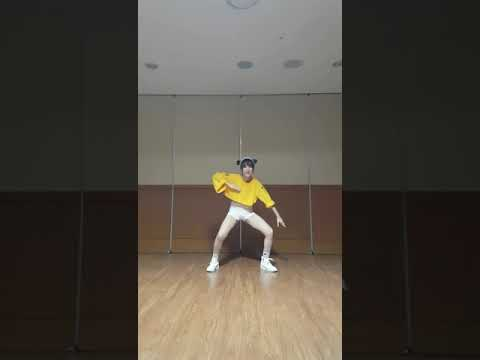 [MIRRORED] 아이유(IU)-삐삐(BBIBBI) Full dance cover