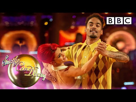 Dev And Dianne Foxtrot To 'Build Me Up Buttercup'   Week 1 - BBC Strictly 2019