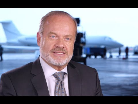 Kelsey Grammer Interview - Transformers: Age of Extinction (2014) Movie HD