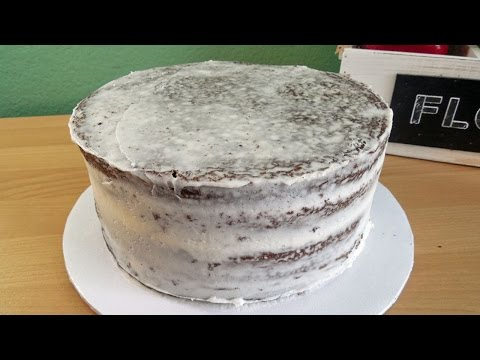 How to Crumb Coat a Cake with Jill