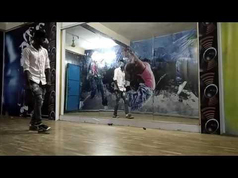 Muddagi Neenu Ganapa movie 4D dance class Bellary