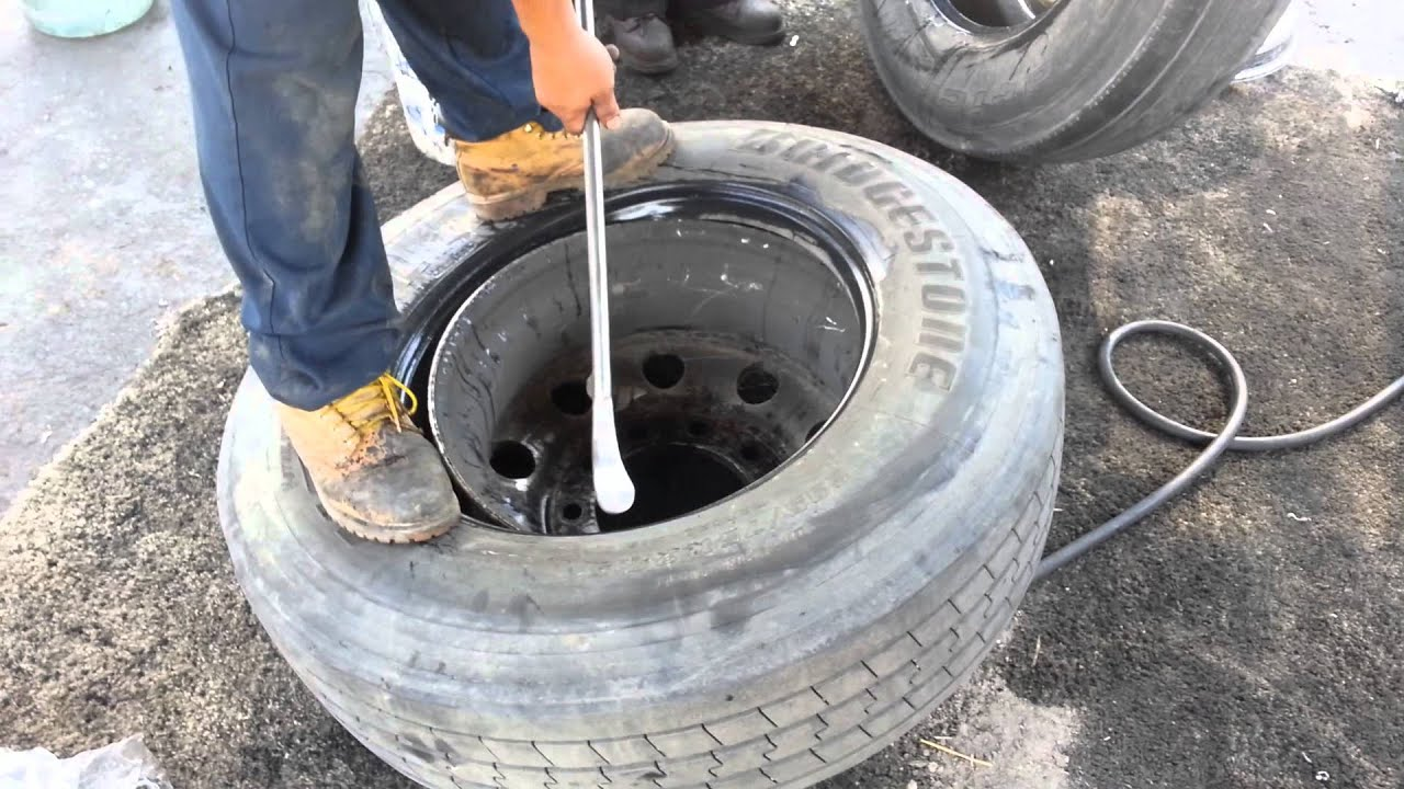 Semi Truck Tires Near Me >> How To Change Tires On A Semi Truck Youtube