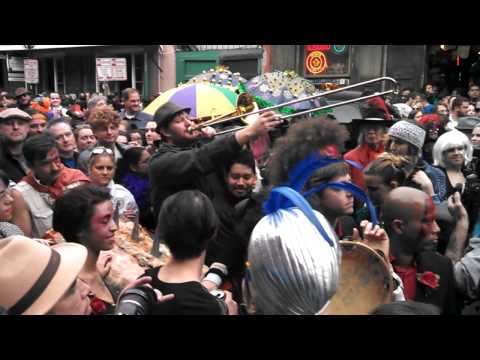 Start of the David Bowie Second Line part 2 (Jan. 16th, 2016)