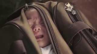 Ella Se Ve Como Una Mamá Normal, Pero No Lo Es  Prepárate Para llorar thumbnail