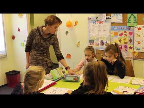 Family & Friends 2 - английский язык для детей 8-10 лет.