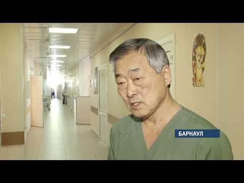 Детские хирурги провели сложнейшую операцию в Барнауле