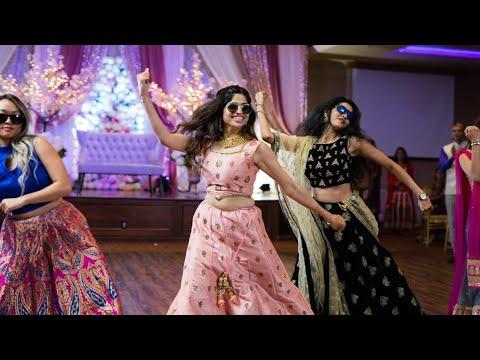 AMAZING BRIDE'S SISTERS AND FAMILY SURPRISE DANCE PERFORMANCE | ShivShwetKiShaadi |