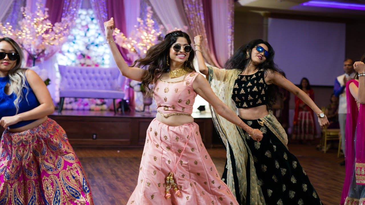 AMAZING SISTERS & FAMILY  BOLLYWOOD DANCE -  INDIAN WEDDING RECEPTION SANGEET| ShivShwetKiShaadi