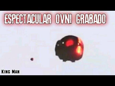 Este video es una espectacular grabacion de un autentico OVNI grabado en EEUU