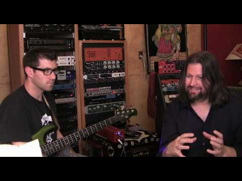 Studio Tips  with Ronan Chris Murphy - Bass