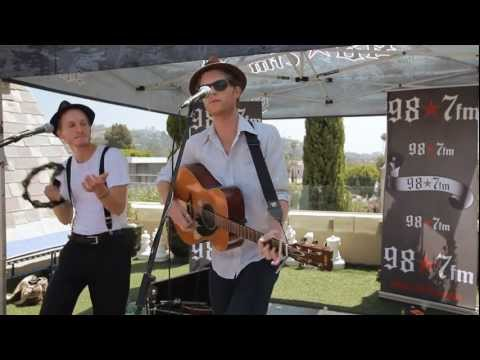 "987FM Penthouse: The Lumineers ""Slow It Down"" Live Acoustic"