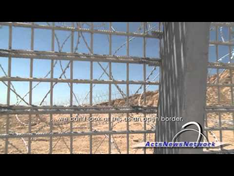 Israel Hurries To Secure Egypt Border