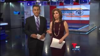 Repeat youtube video Gloria Echeverry hot body in tight dress (10-29-13)