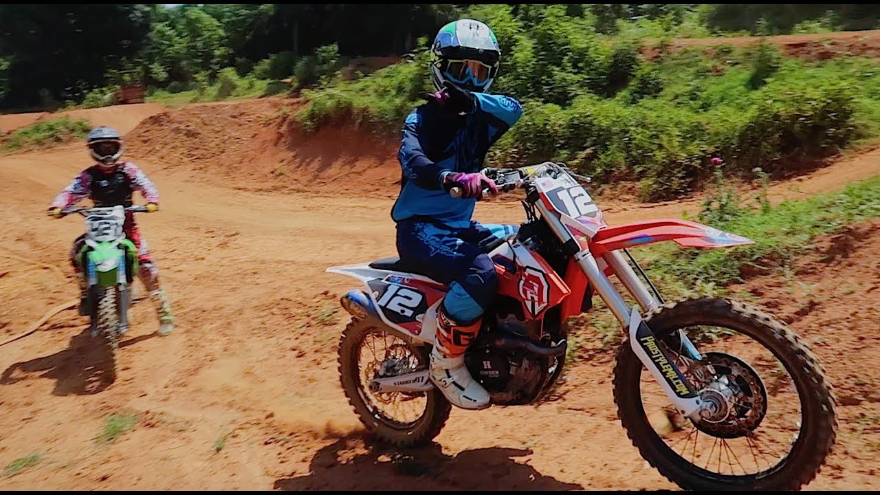 BACKYARD MOTOCROSS TRACK IS LEGIT! - YouTube