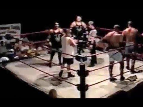 Mike and Todd Shane vs The Market Crashers, 5.19.2001, IPW Shorts