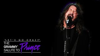 """Foo Fighters Cover Prince's """"Darling Nikki"""" 