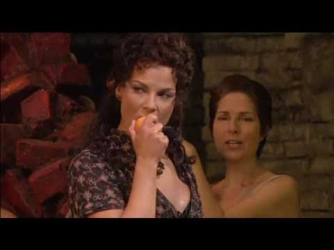 Carmen - Habanera - Elina Garanca - The best presentation in the world