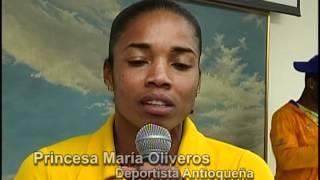Entrega de bandera de Antioquia a deportitas antioqueños. Antioquia, la más Educada