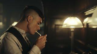 THOMAS SHELBY SMOKING  PEAKY BLINDERS