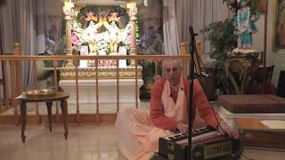 Evening kirtan by H.H.Niranjana Swami, 01 May 2018, Ottawa