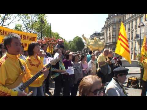 Paris biểu tình chống Trung cộng xâm lược VN và lên án csvn bán nước