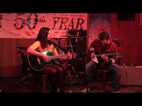 Angela Simonelli: Into the Deep (Original Song, Live at the Beachcomber)