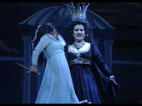 Mozart - Aria Della Regina Della Notte - Der Hölle Rache