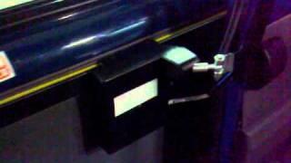 видео автоматические двери для микроавтобусов у нас