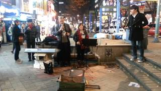Video If I Ain't Got You by Alicia Keys - Impromptu Live Cover at 홍대 streets download MP3, 3GP, MP4, WEBM, AVI, FLV November 2017