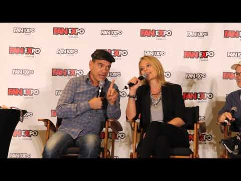 Robert Picardo & Jeri Ryan - You Are My Sunshine (FanExpo Toronto 2015)