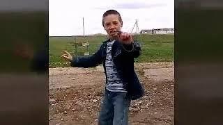 Клип рваные джинсы 2