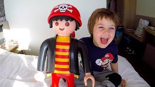 Surprise Delivery for Tim & Playmobil Giant Toy Playtime with Dad