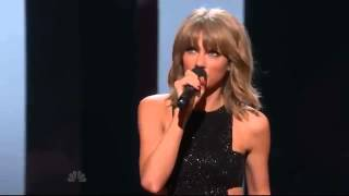 Taylor Swift Wins Artist Of The Year iHeart Music Awards 2015