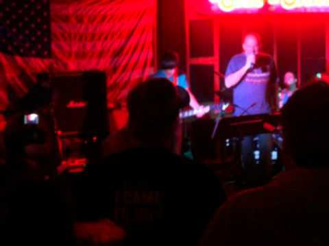 Mike Cairo Plays Zeppelin at Chit Chat