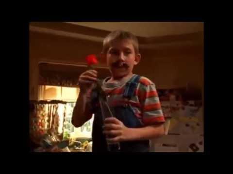"Malcolm in the Middle - Dewey dancing ""Fernando"" - YouTube"
