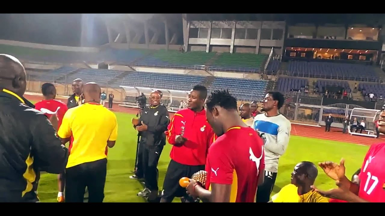 Download Ghana Black Stars Players Singing And Dancing Before Their Game Against Egypt In Cairo (Jama) - 2013
