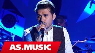 "Alban Skenderaj - Njehere ne jete - ""Tingujt E Ditarit Tim"" ( Live Acoustic )"