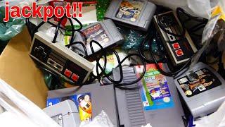 Ultimate *retro Games* Mega Haul!!! Gamestop Dumpster Diving Night #556