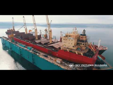 Ship repair drone video and timelapse Заснемане с дрон на таймлпас и кораборемонт